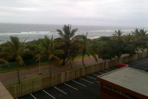 1/15 - Self Catering Apartment Accommodation in Amanzimtoti - Alfresco 404