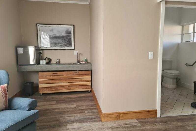 Avondrust Guest House Room 4