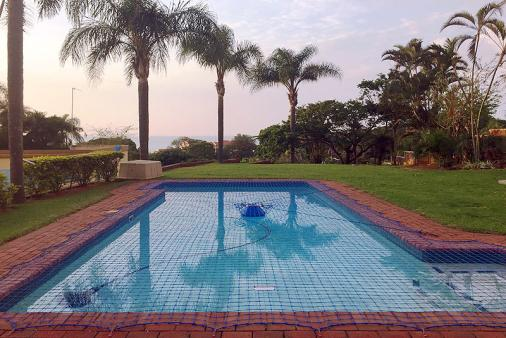 1/12 - Swimming pool with safety net - Clarke Bay Beach House, Ballito - Self Catering House