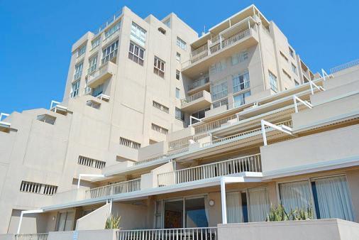 1/16 - Marbella Building