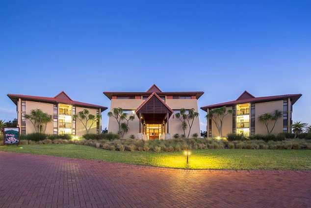 1/15 - Hotel accommodation in Zinkwazi Beach