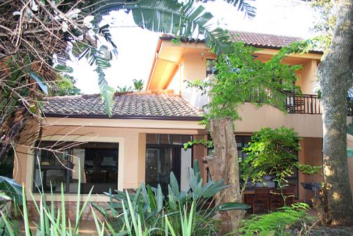 1/12 - Self catering accommodation in Zimbali