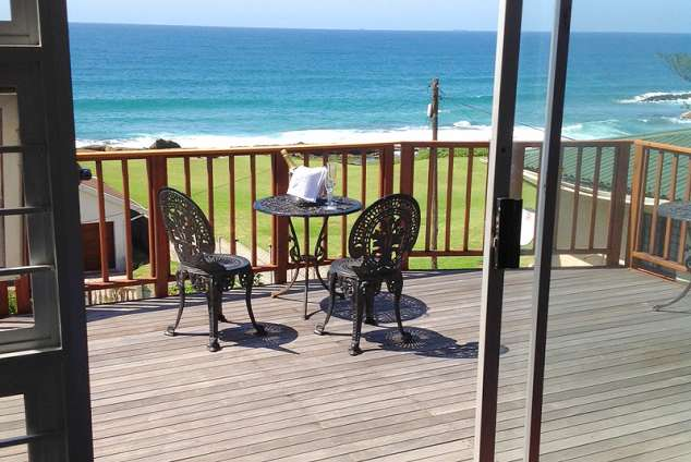 1/12 - Self catering accommodation in Sheffield Beach