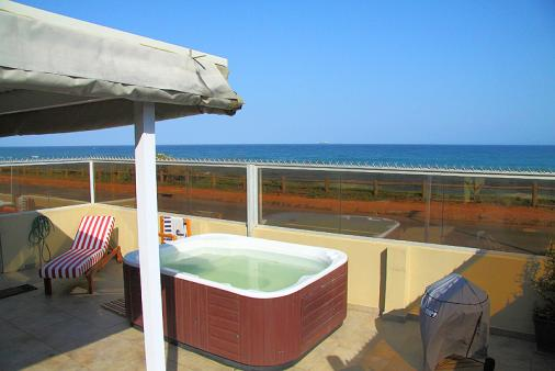 1/12 - Self Catering Apartment Accommodation in Umdloti Beach, North Coast