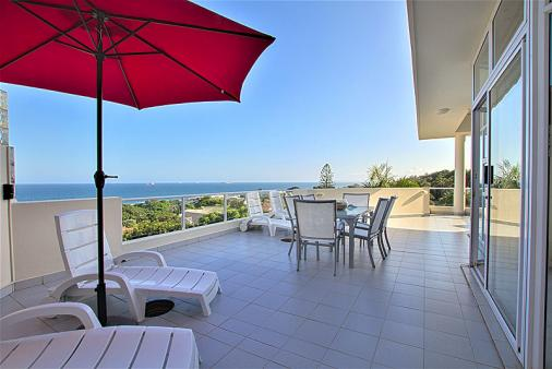 1/25 - Big Outdoor Balcony Sea Views 50 sqm With Q300 Barbeque