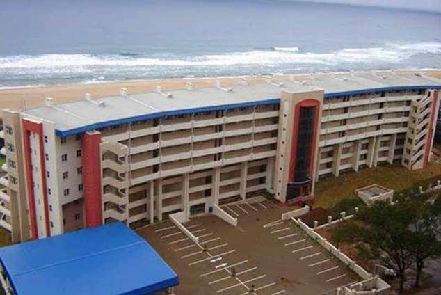 L\'Escalier Cabanas 404 - Amanzimtoti Central Accommodation ...