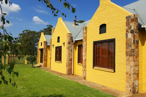 1/12 - Self Catering House Accommodation in Dullstroom, Mpumalanga