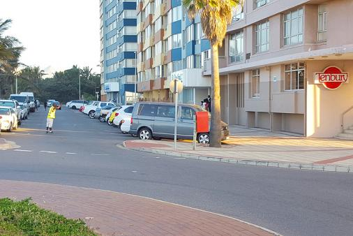 1/14 - Self catering accommodation in Durban Point Waterfront