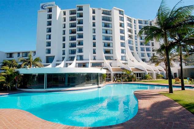 1/25 - Main pool and Breakers Hotel.