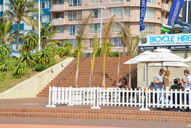 1/16 - Self catering accommodation in Durban Point Waterfront