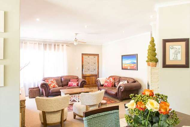 for living room talking trees clarens accommodation clarens self 11263