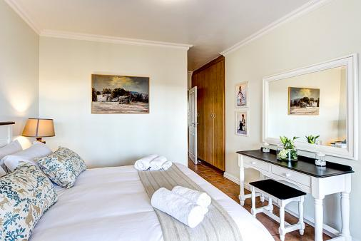 1/24 - Self catering accommodation in Illovo Beach