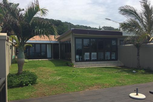 1/20 - Self catering accommodation in Westbrook Beach