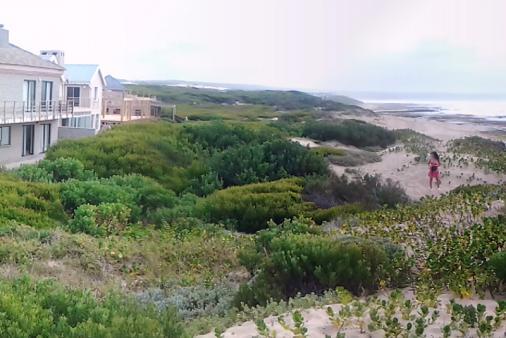 1/24 - Strand view