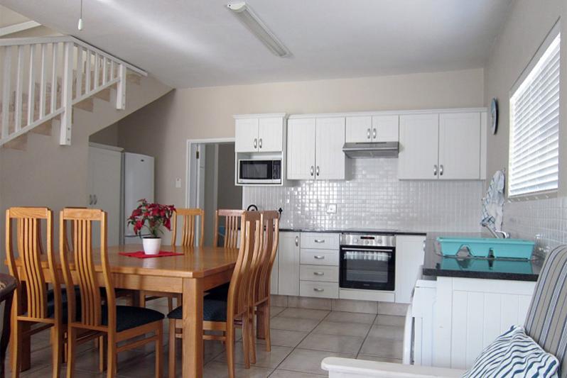 3 bedr FLAT Kitchen/Dining area (open plan)