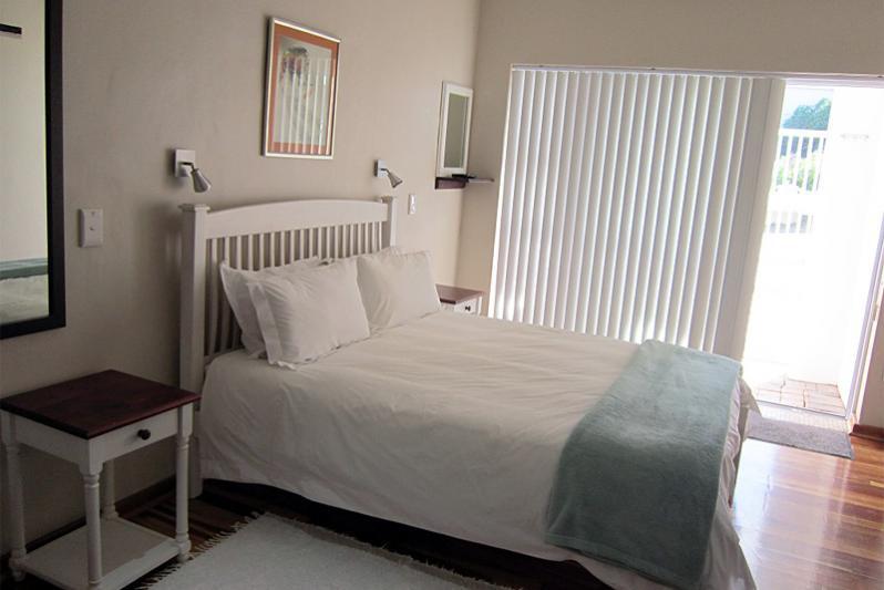 ETIENNE sleeping area