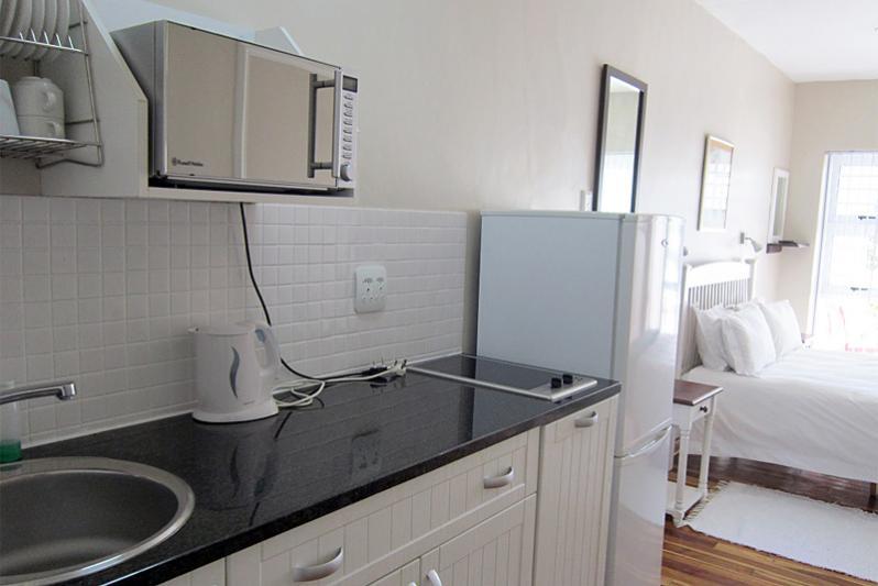 ETIENNE kitchen area