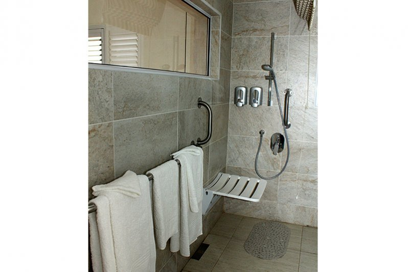 Universal accessible shower