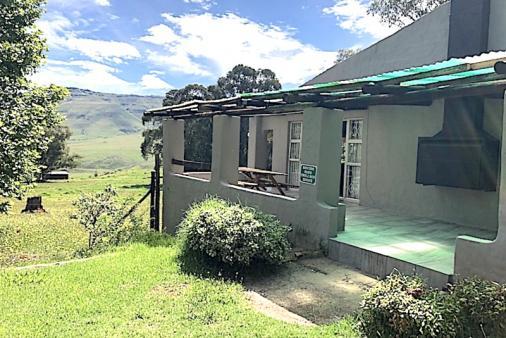 1/28 - Thuli Cottage exterior closeup
