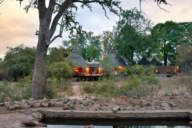 1/28 - Skukuza Game Reserve And Bush Lodge Accommodation