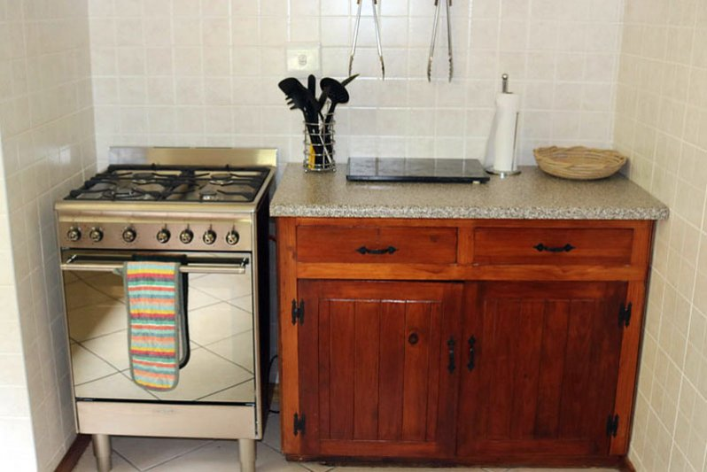 Farmhouse gas stove