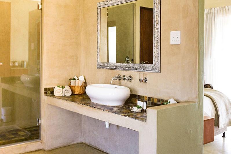 Comfort room / bathroom