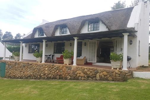 1/12 - Underberg Self Catering Cottage Accommodation