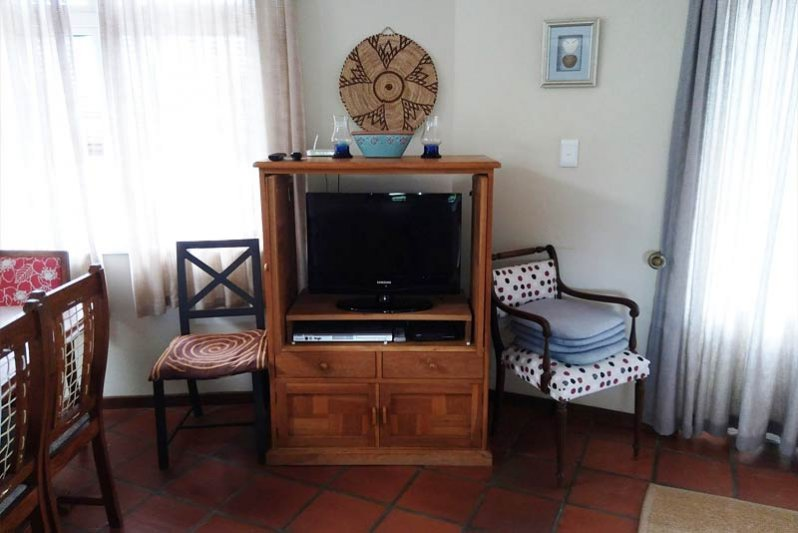TV with limited DSTV, The Kingfisher Corner
