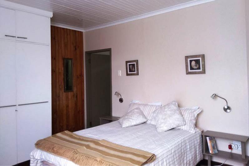 Main bedroom, The Other Corner