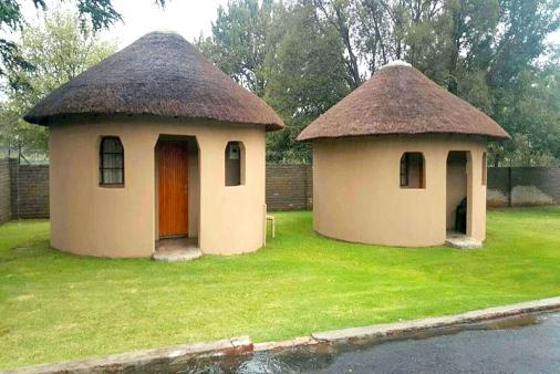 1/15 - Lallapanzi Country Stay - Ermelo Room Only / Limited Self Catering Accommodation