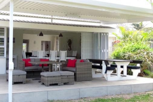 1/15 - Veranda - open plan living at its best!!