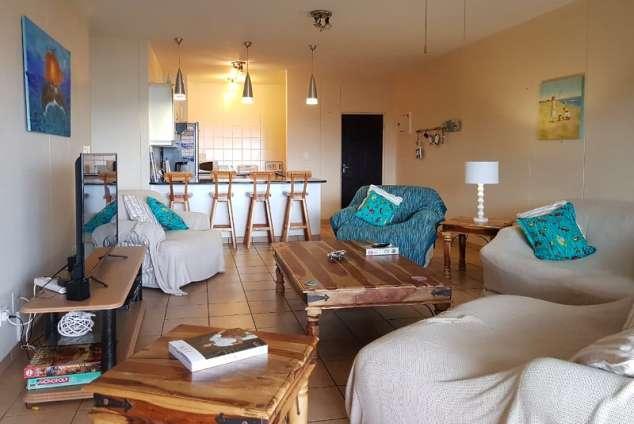 1/12 - Lounge area