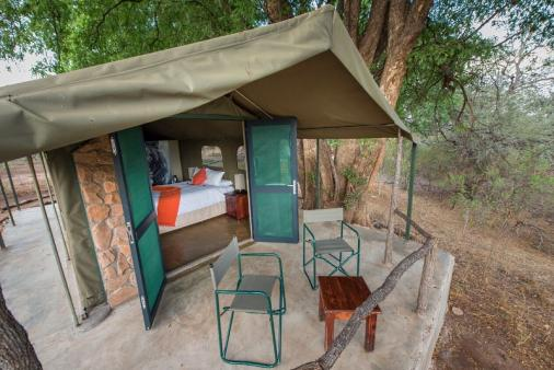1/22 - The Safari Style Tents
