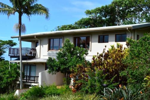 1/15 - Safari Apartments