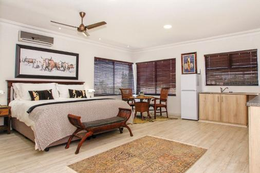 1/13 - La Lucia Self Catering Apartment Accommodation
