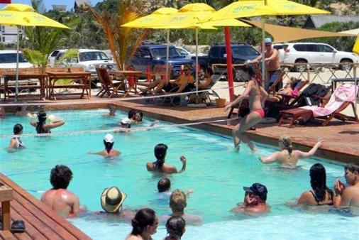 1/15 - Swimming pool area