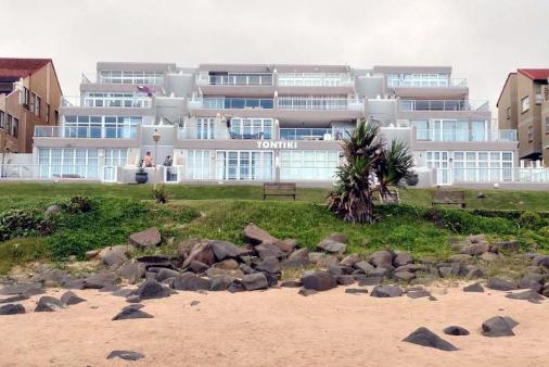 1/19 - Beachfront view of Tontiki