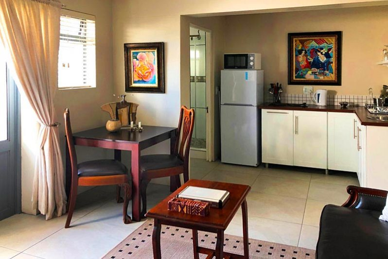 Dining and kitchen area - Beach Unit